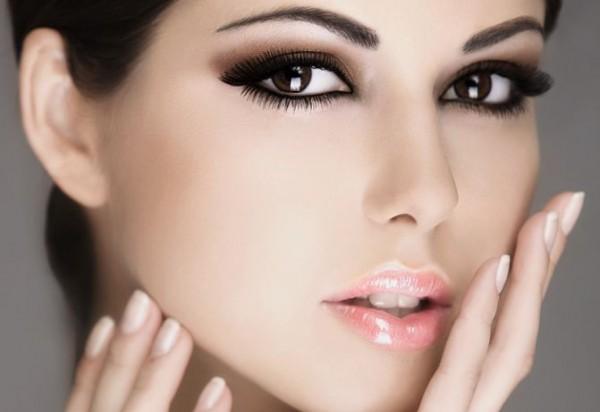 Как накладывать правильный макияж