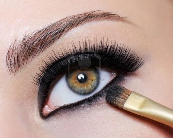 Выразительные ресницы для макияжа Smoky eyes