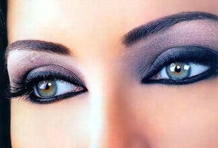 Дневной макияж в фиолетовых тонах