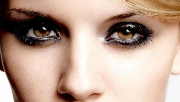 Яркий макияж карих глаз