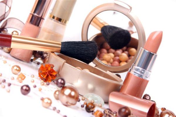 Купить профессиональную декоративную косметику минск косметика sleek купить в барнауле